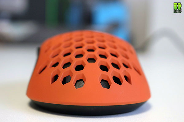 FinalMouse UltraLight SunSet Review Gaming Mouse | Beardedbob